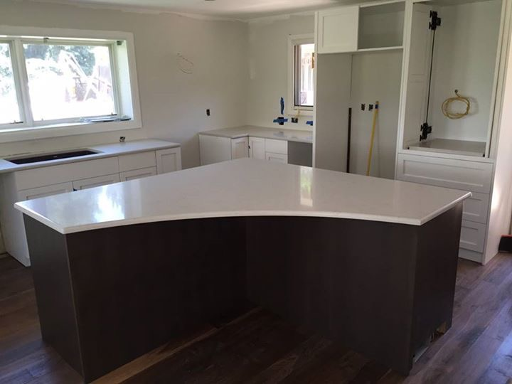 Choosing the right countertop overhang stone countertops co for Granite countertop overhang