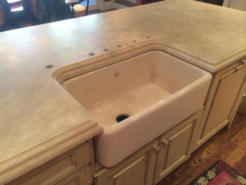 Crema Marfil Farm Sink